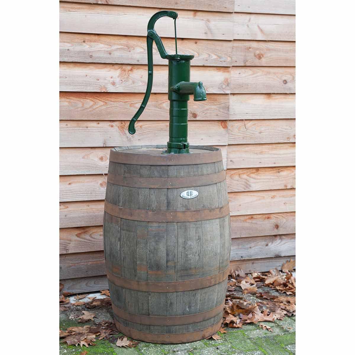Whiskyfass mit Handschwengelpumpe, aus Holz/Gusseisen, D 600 x 1610 mm, 80 kg